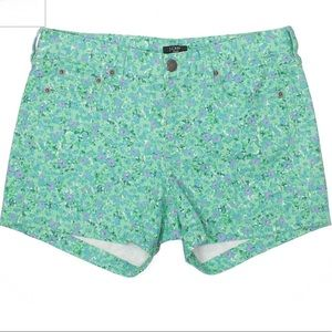 3/$20 🔥 J.Crew green floral shorts